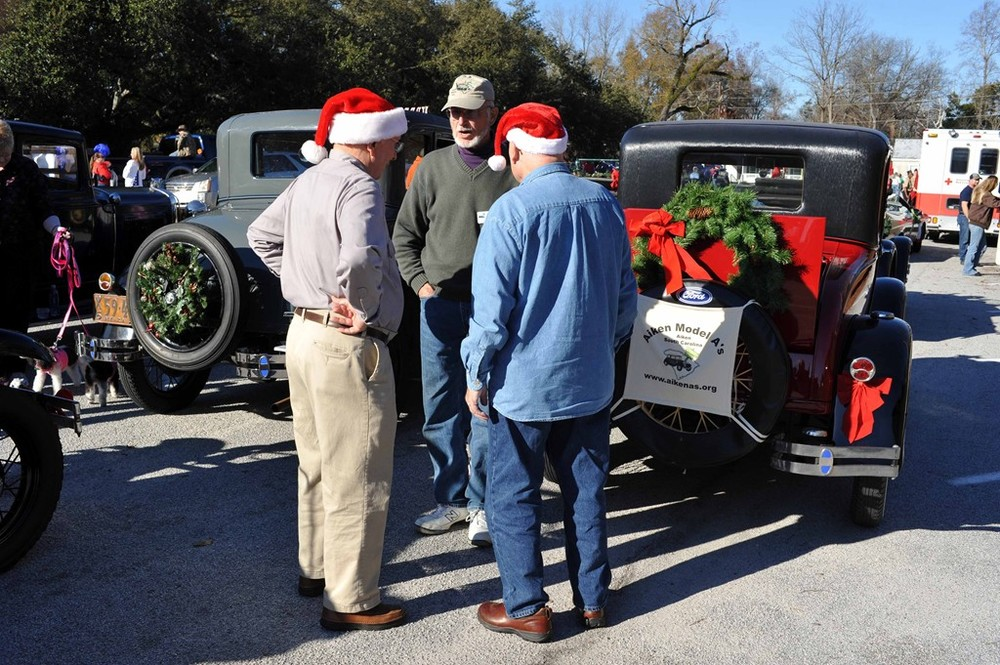 2015 Christmas Parades 9.jpg