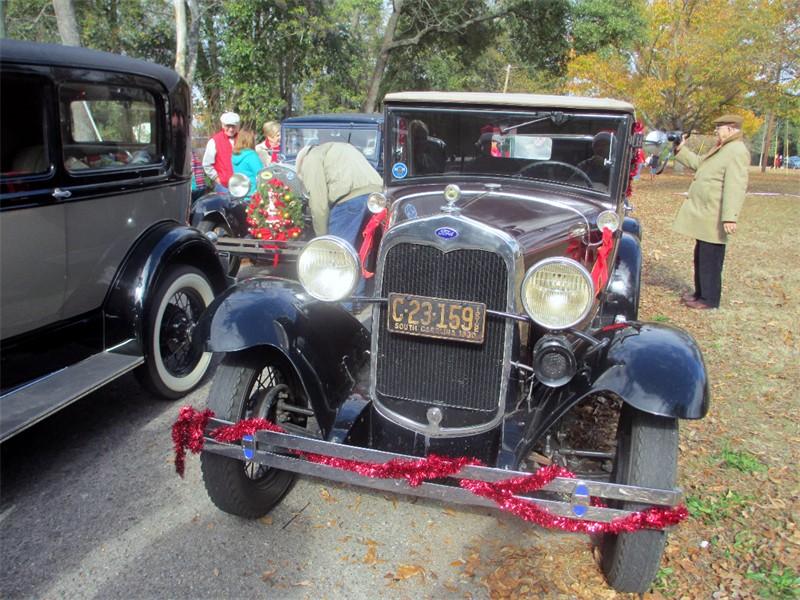 2016 Aiken Christmas Parade 1.JPG