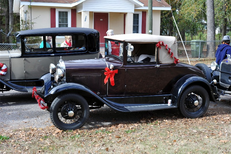16 Aiken Christmas Greg 18.jpg