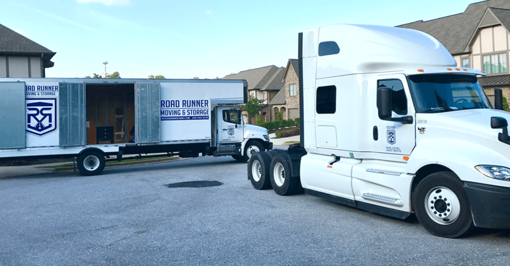 ROAD RUNNER MOVING AND STORAGE SOUTHEASTERN FREIGHT HOUSEHOLD MOVERS.png