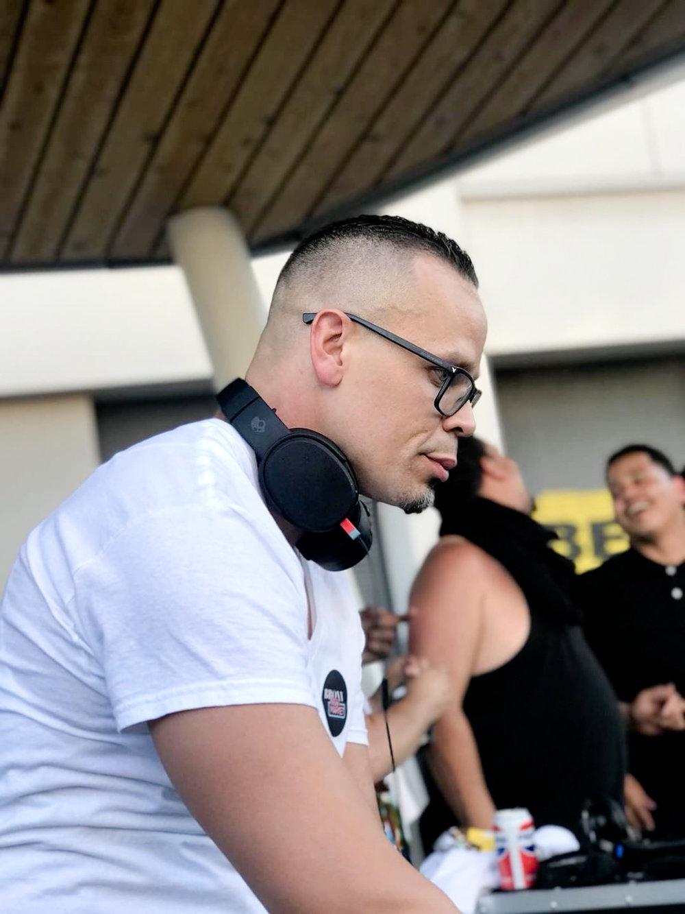 DJ Bronxura
