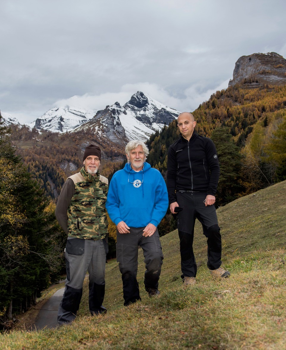From left to right: Stéphane Mettaz (field technician University of Bern), Dr. Peter Bloom, Ron Milgalter (doctoral student at the University of Bern).