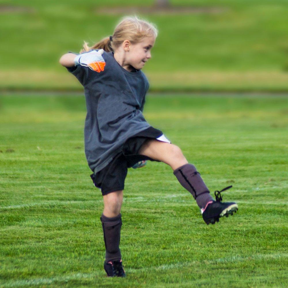 girl+kicking.jpg