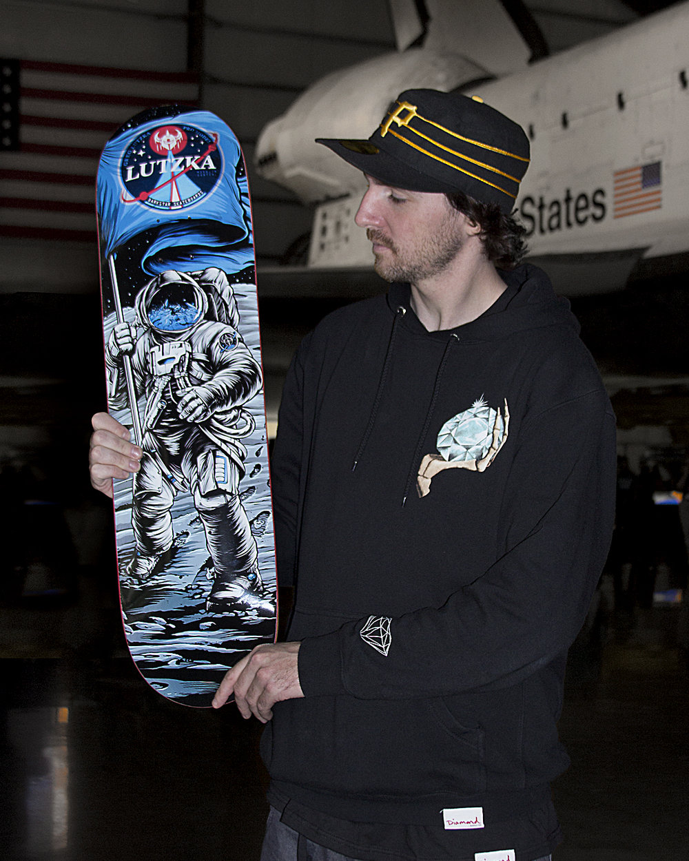 darkstar-skateboards-greg-lutzka-space_1350.jpg