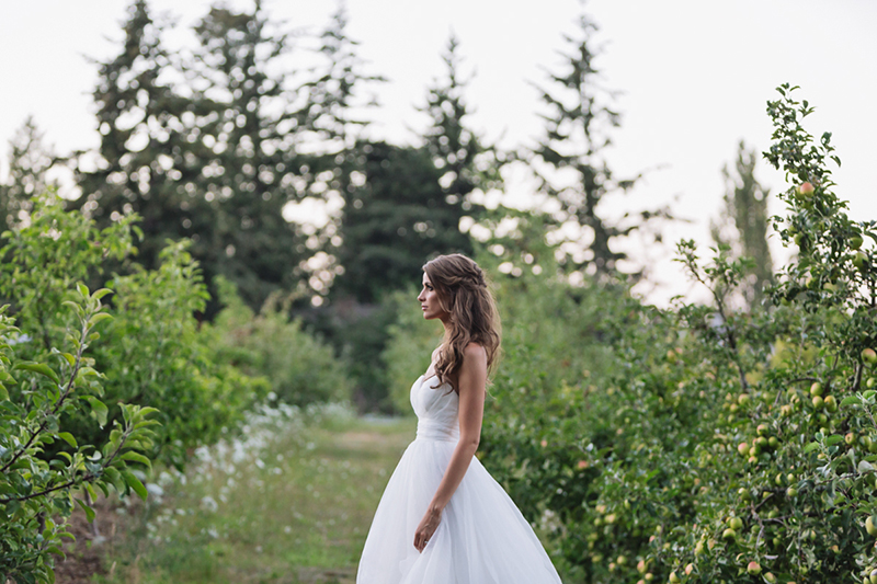 bridal portrait in apple orchard