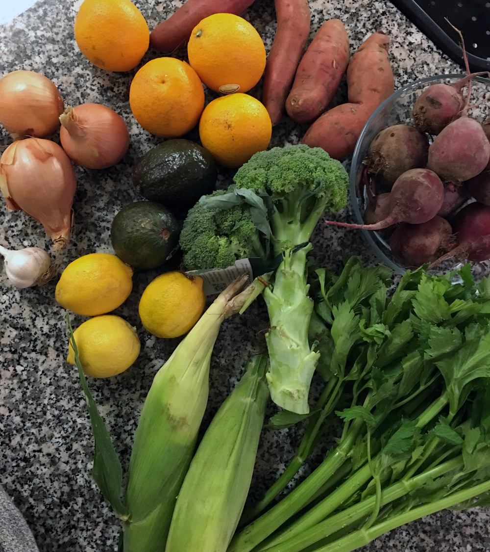 localorganicgroceryhaulfreshcityfarmstorontourbanfarm