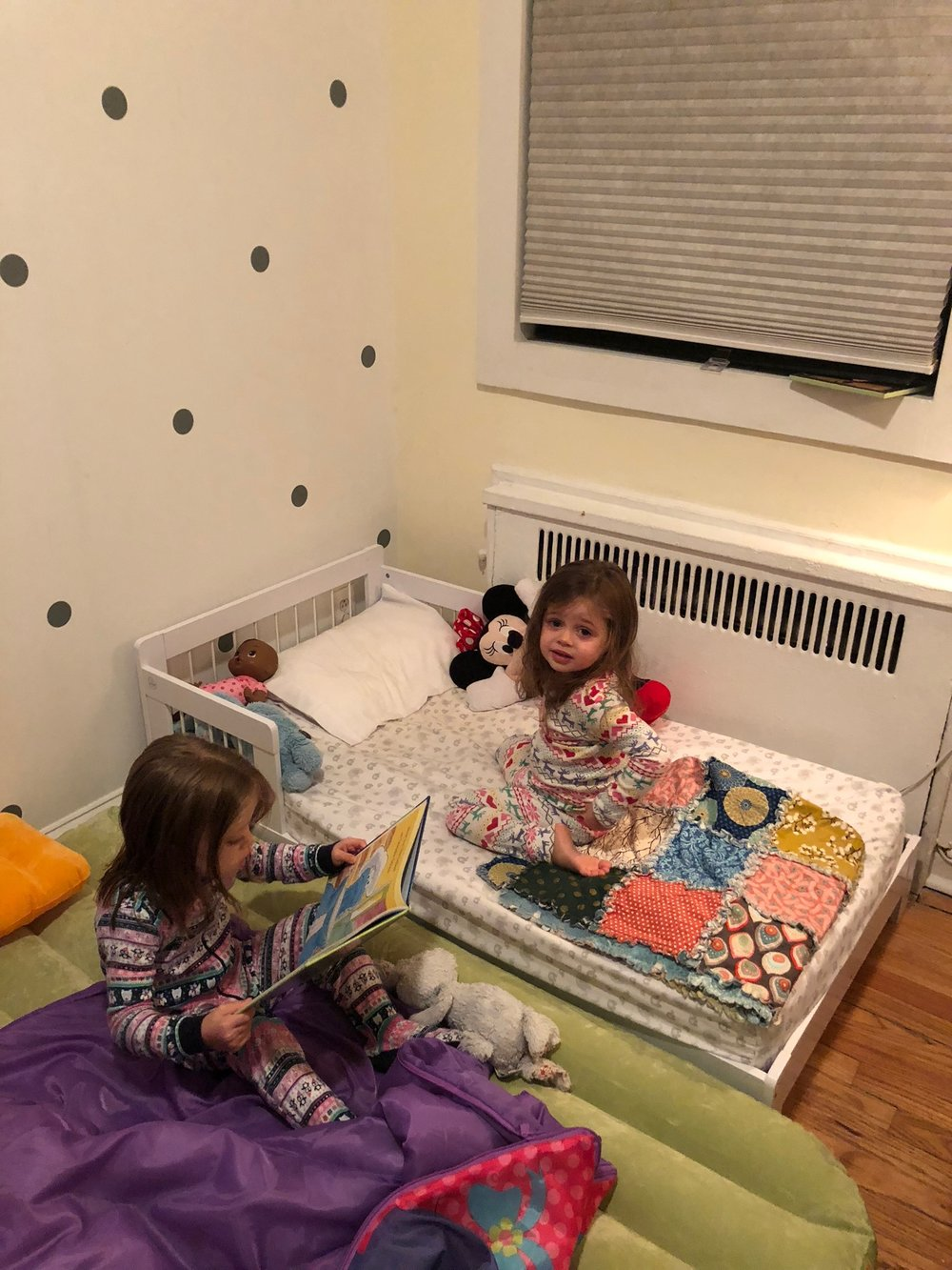 Meanwhile, Lucie and Elle were gettting ready for bed with a story.