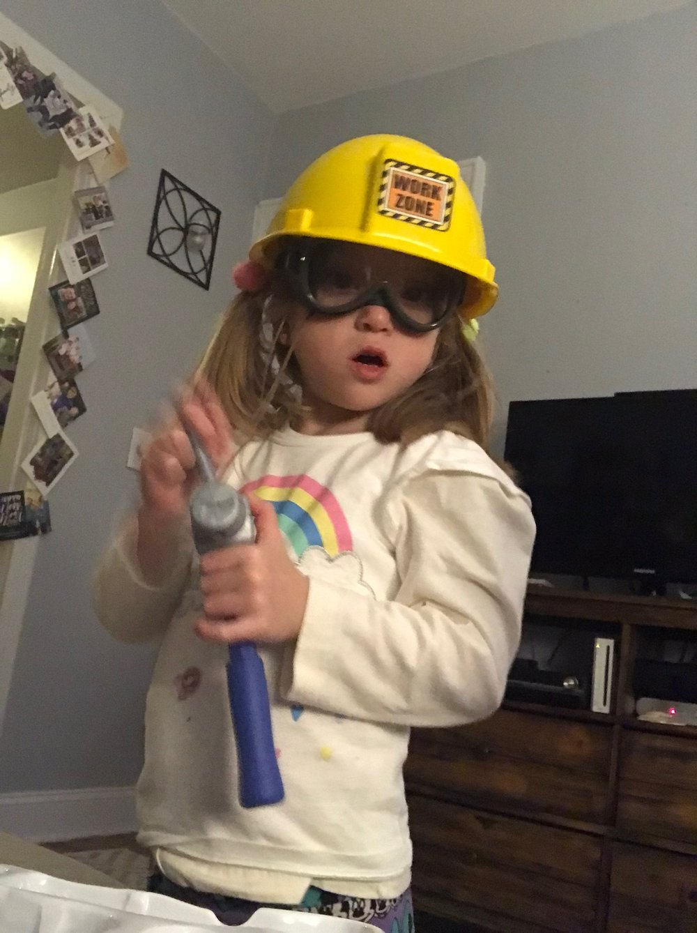 Felicity gave Lucie a tool set as a gift, letting her know she's so excited that Lucie is her big sister. Lucie has been using the tools all around the apartment to get things ready for when Felicity can come home.