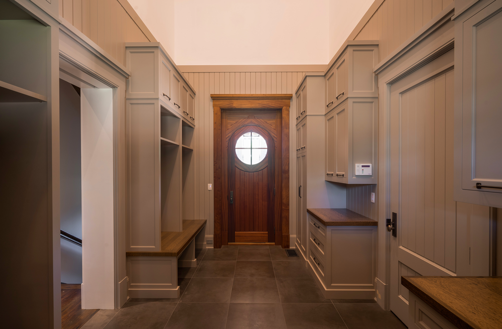A.K.-0885_retouched_Smaller_Mudroom.png