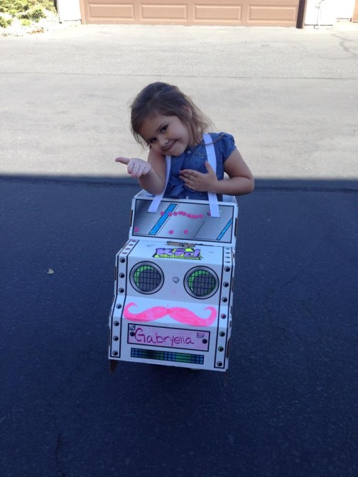 Looks like we have a future mother-daughter Lyft combo! Shelby in SF has inspired her daughter  to start training early.
