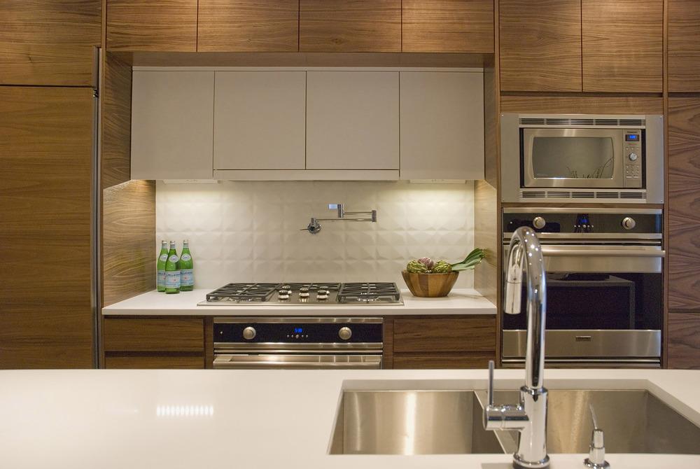 Custom Home - Kitchen Ovens.jpg