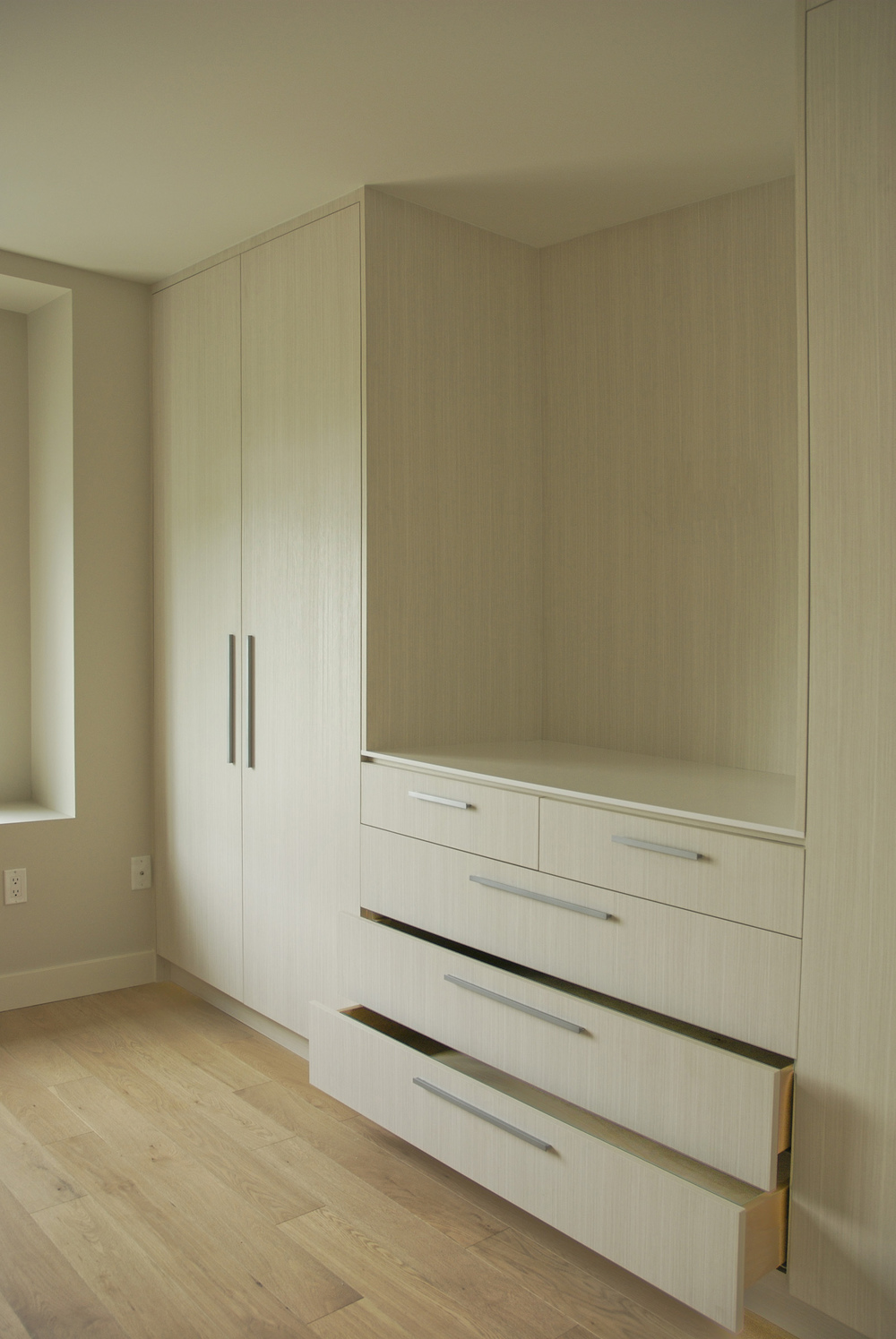 Duplex-bedroom-millwork2.jpg