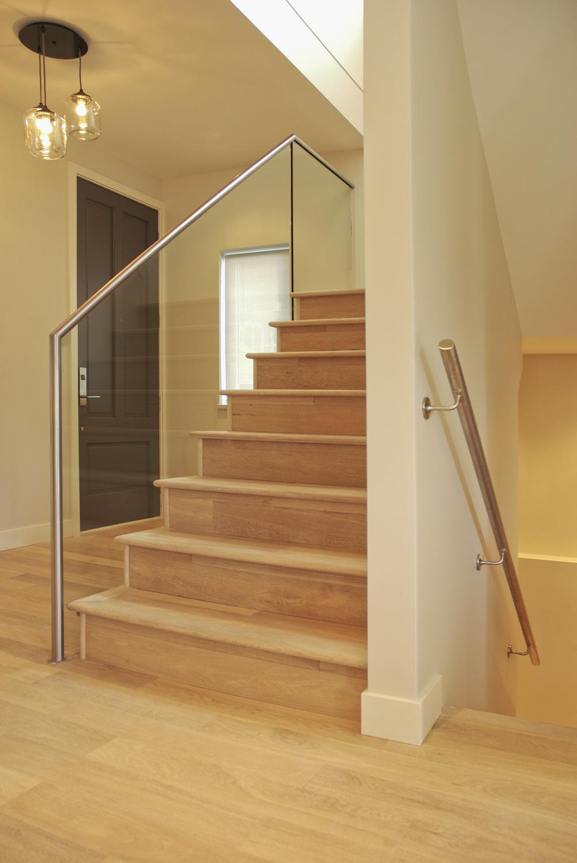 Duplex-entry-interior1.jpg