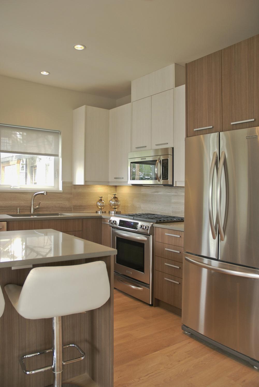 Duplex-kitchen3.jpg