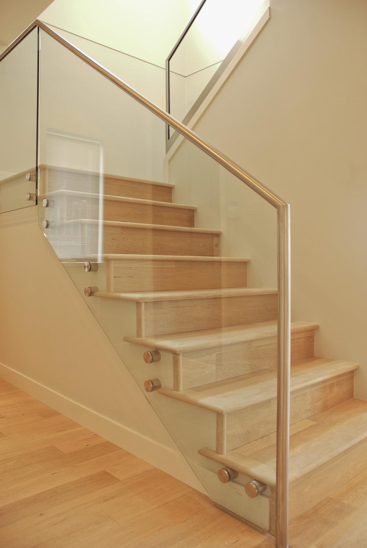 Duplex-stairs2.jpg