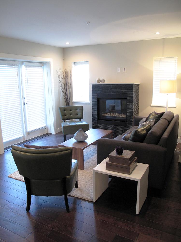 04.Custom+Home+-+Living+Room+3.jpg