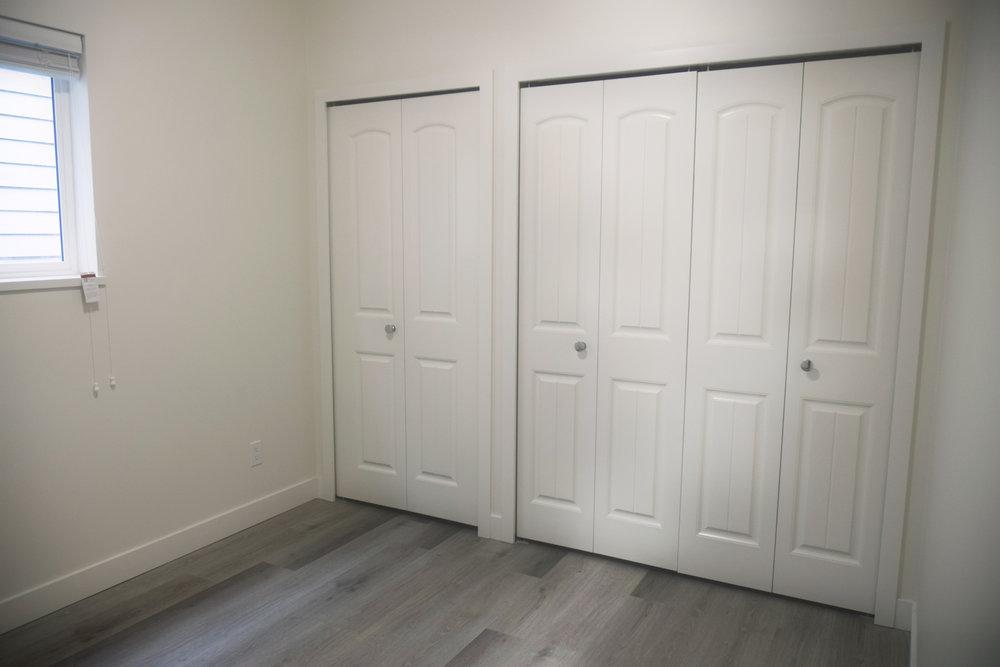 Calgary Closet closed a.jpg