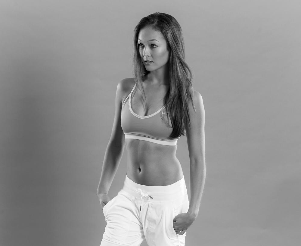 Ellette-BW-Nike-Yoga.jpg
