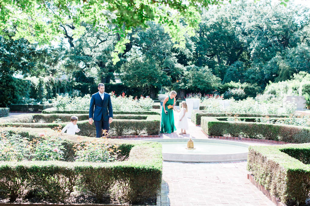 Lifestyle Wedding Photography | New Orleans City Park Gardens | Joy+ ...