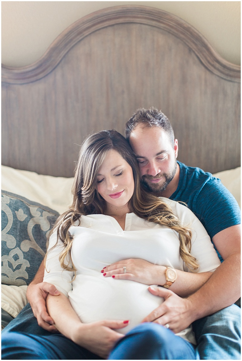 husband-and-wife-lifestyle-maternity-photographer.jpg