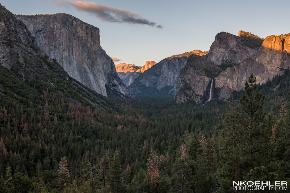 Tunnel View right before the sun disappeared off the rocky walls surrounding the Yosemite Valley.