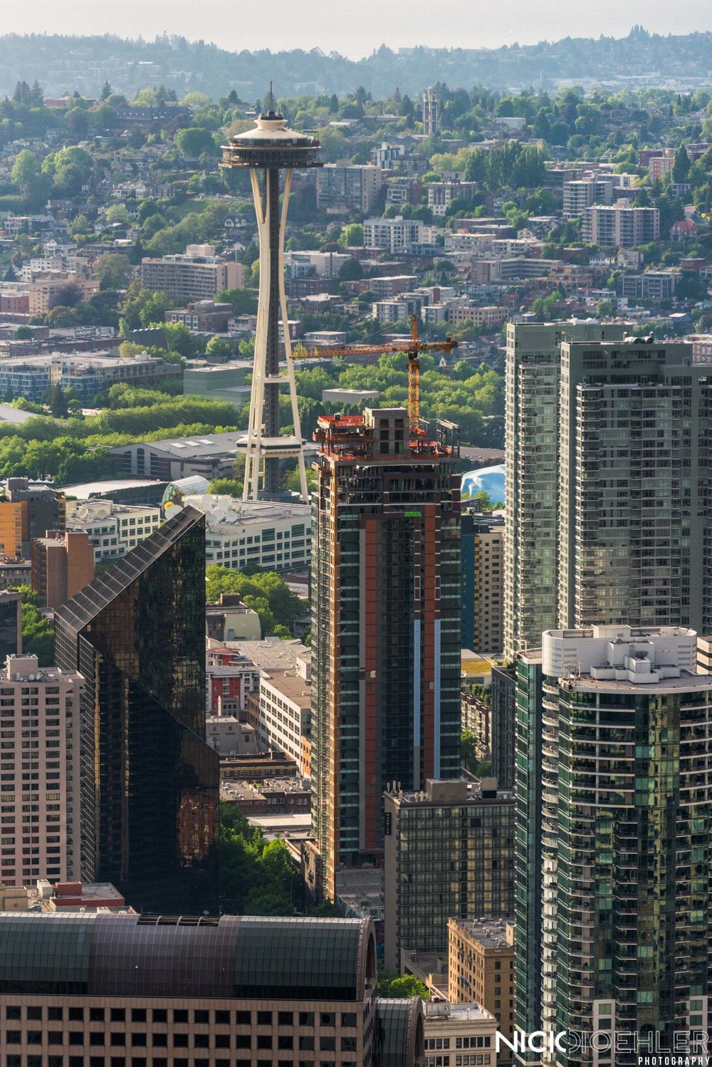 Seattle, Washington: Space needle behind the conglomeration of buildings.