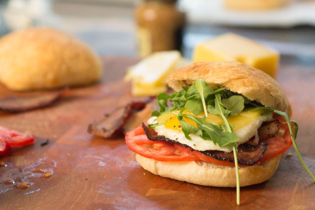 egg-bacon-tomato-focaccia-sandwich-20