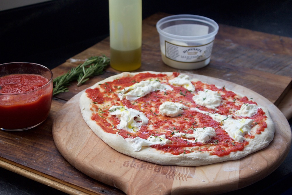 Burrata with fresh rosemary Pizza