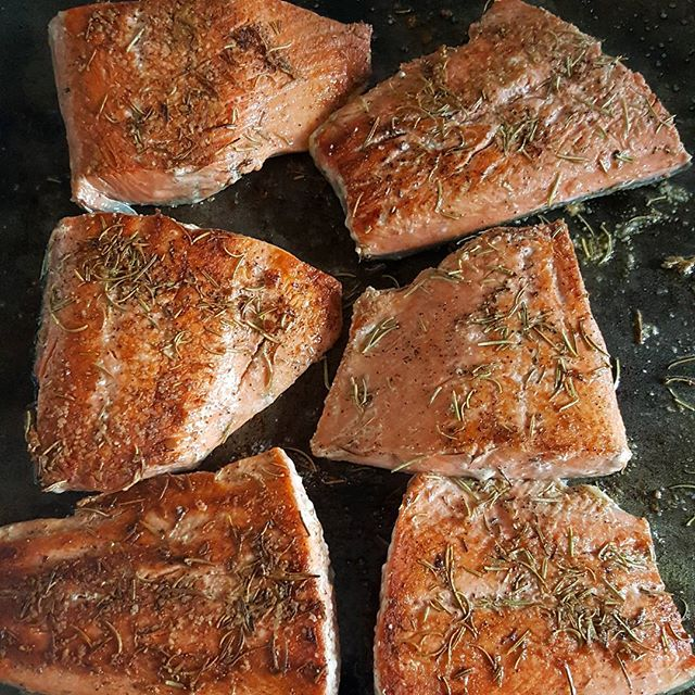 @doolahk  has a strong searing game with her Griddle!