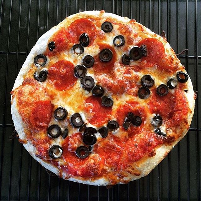 @pinchmysalt  Need to pinch myself because your pizza is so beautiful! I think I'm dreaming.