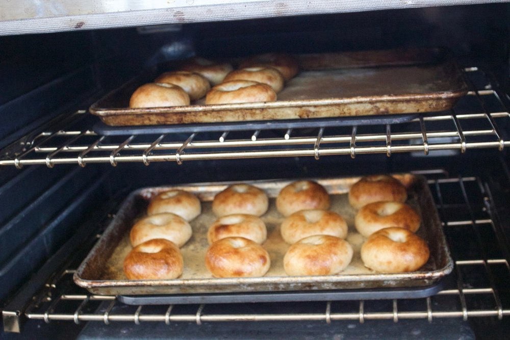 - The Baking Steel is going to blast heat directly into the sheet tray above. The heat transfer is legendary,