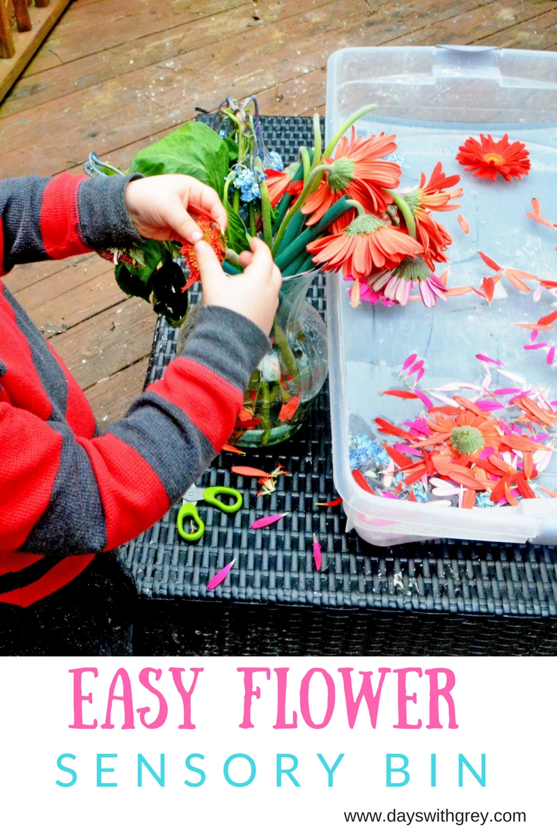 Flower sensory bin for preschoolers.jpg