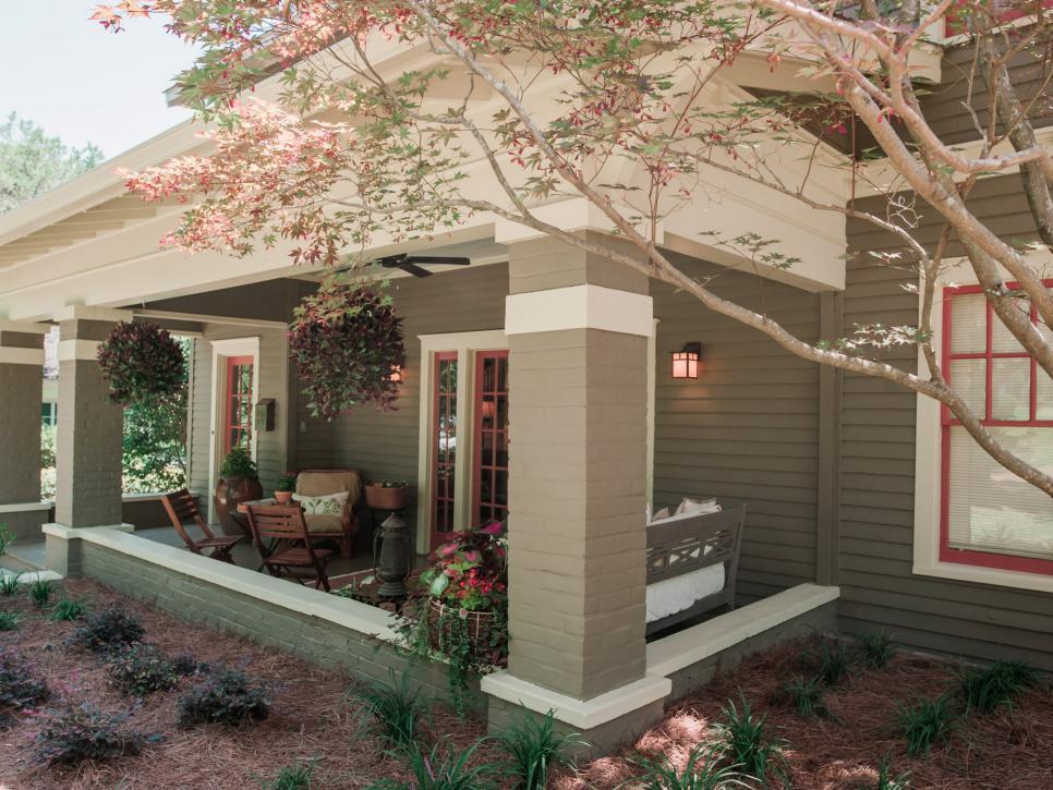 BP_HHMTN103H_home-exterior_porch_AFTER_235487_842290.1384728.jpg.rend.hgtvcom.966.725.jpeg
