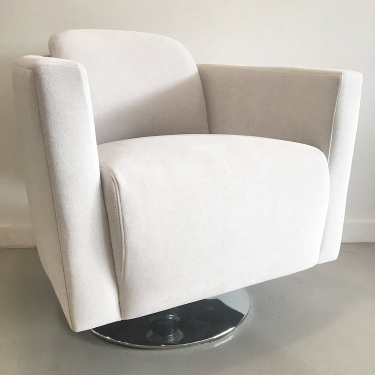 Memphis Design-Style Swivel Chairs