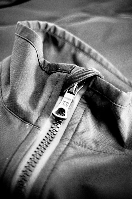 Search And State S1-J zipper detail