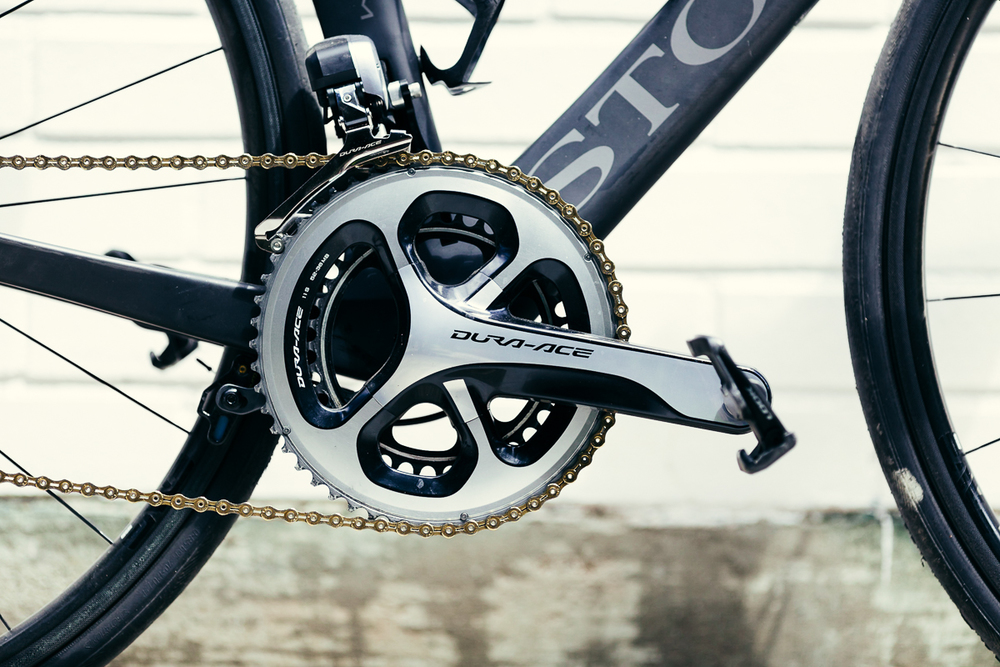 Gold chains because there is no compromise for a Storck Aerfast Platinum