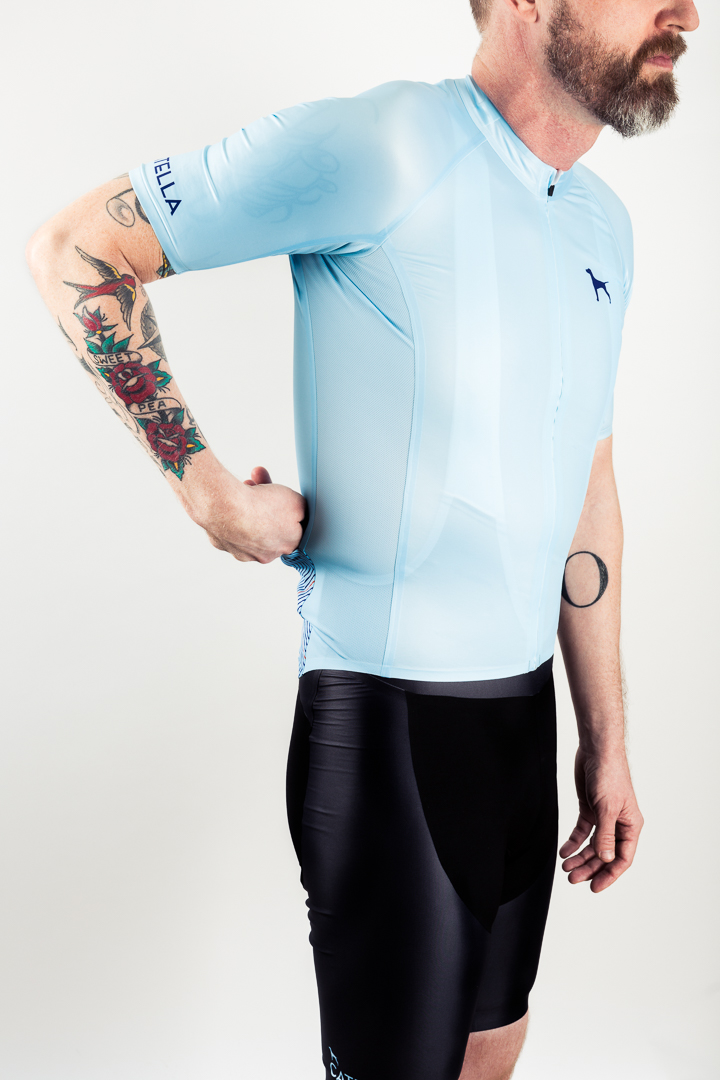Mesh side panels, abrasion resistant fabrics, two rear pockets, and fully welded seams are key design features of the Catella GMR seamless jersey and bibs