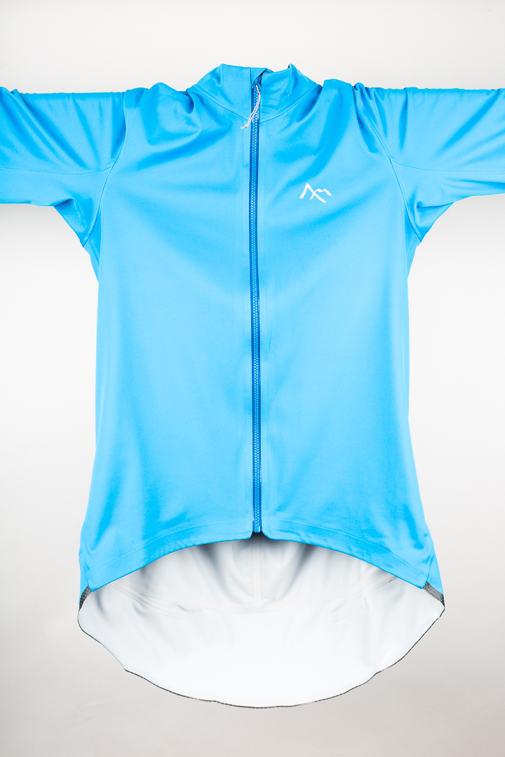 The elongated drop tail of the 7mesh Corsa Softshell Jersey is unmistakable.