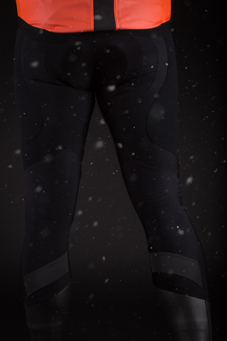 LIFE-Assos-Bonka-tights-rear