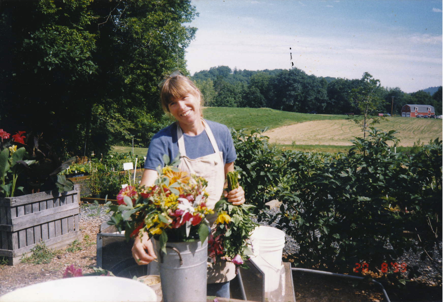 CUTFLOWERS ANNE EFHIST.jpg