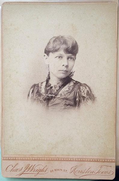 Emma Mofield