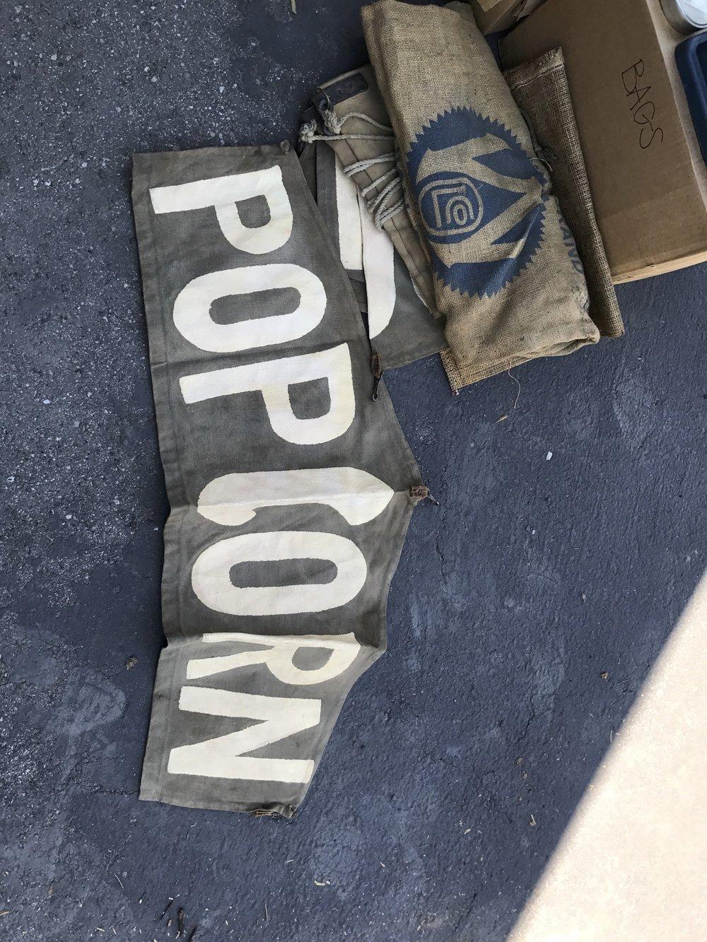 (31) old popcorn sign