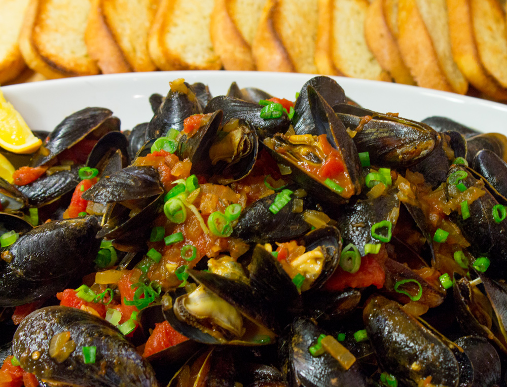 mussels-with-tomato-broth-1-10.jpg