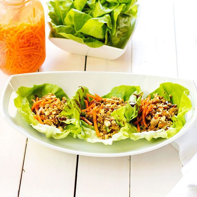 We're baaaaaaack! Life got crazy, but we're happy to be posting one of our tried-and-true favourites, Lettuce Wraps! Recipe here: http://goo.gl/jg1Y9l