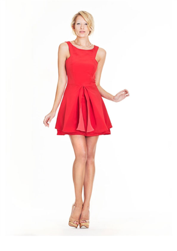 DRESSES Our latest party and evening dresses >>