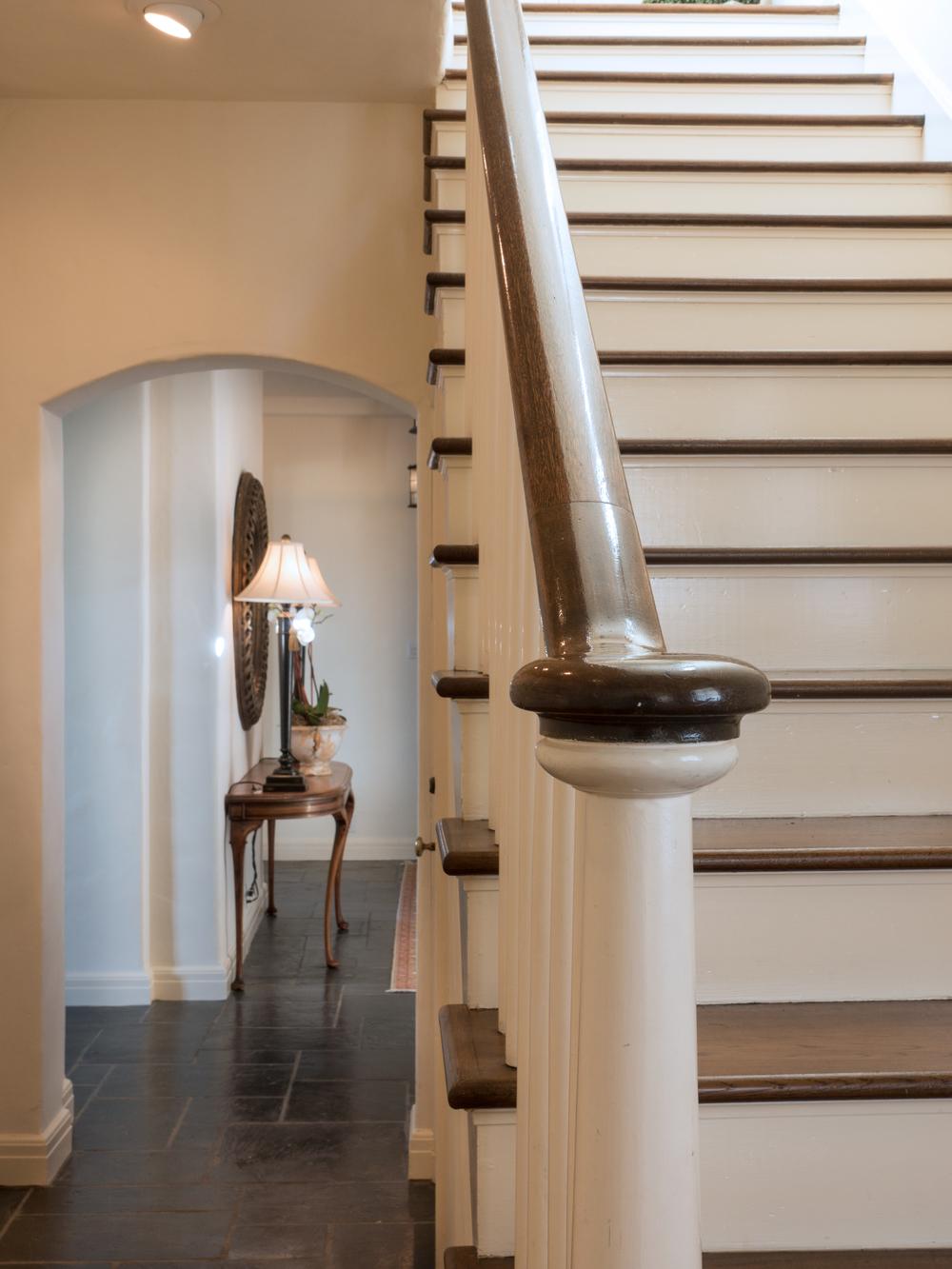 25 staircase.jpg