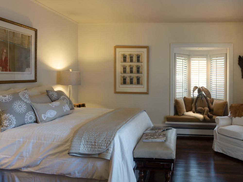 37guest bedroom.jpg