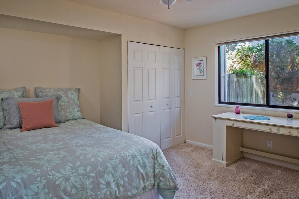 Third bedroom-16.jpg