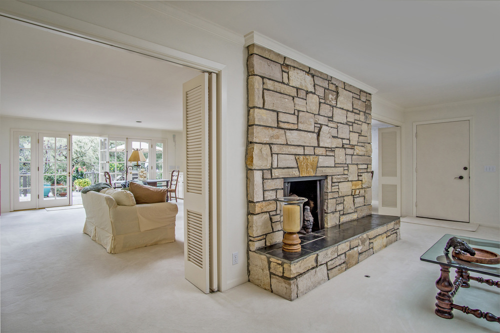 4 fireplace.jpg