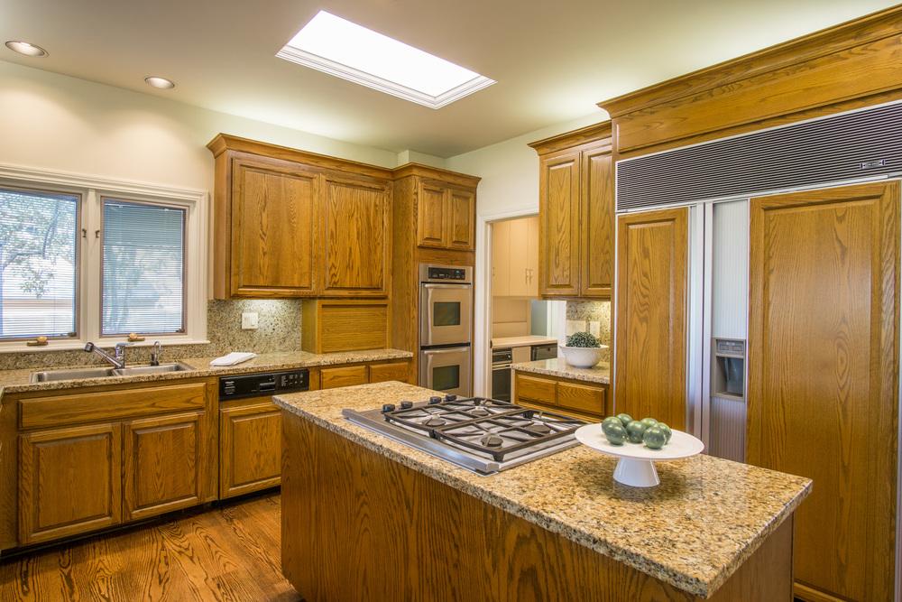 13 kitchen2.jpg